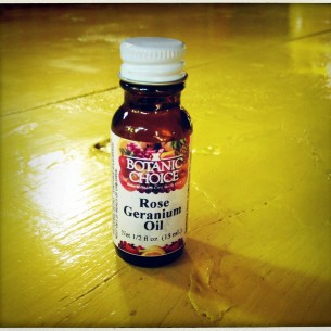 rose geranium oil