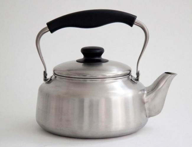 Yanagi Tea kettle, from Japan.