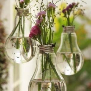 DIY bulb vase